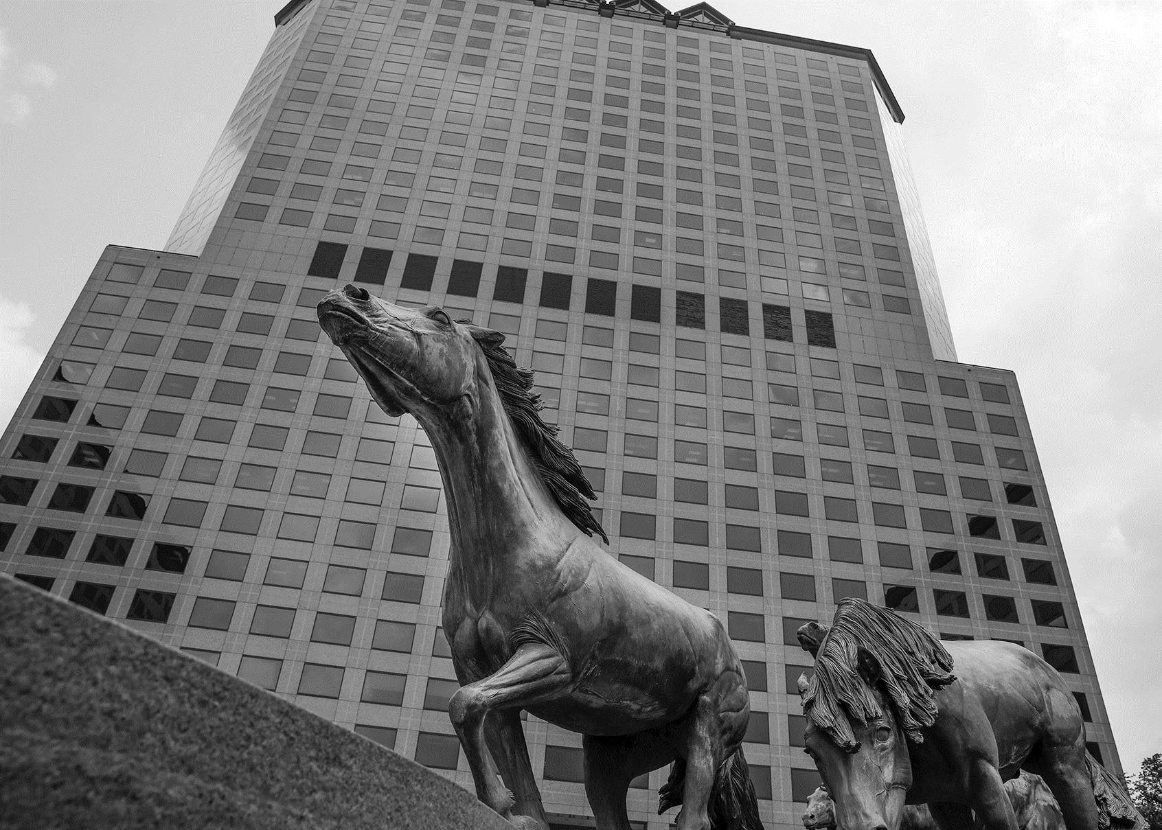 Iconic mustangs sculpture site near Dallas set for renovation