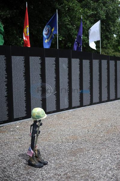 Lives We Have Lost: Vietnam memorial replica tour brings 'the wall' to East Texas