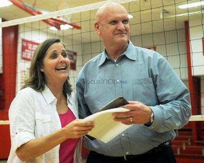 Lady Raiders coach Lee gets win No. 500