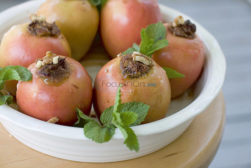 A look at symbolism of Rosh Hashana food