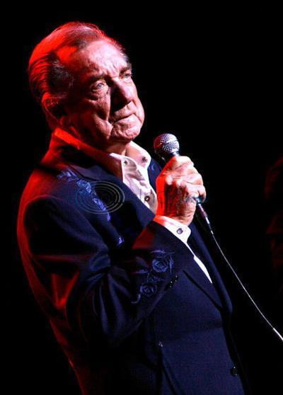 Singer Ray Price dies at age 87