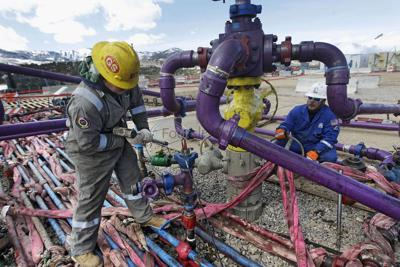 North Texas families sue oil and gas drillers over contaminated water and fracking