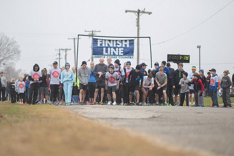 """No Average Joe"" - Lindale holds run to help injured firefighter Joe Yeakley"