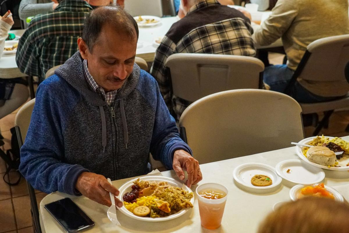 11292019_local_CLH_Thanksgiving_community_meal_2.jpg