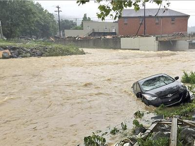Grandfather's desperate attempt to save preschooler from West Virginia floods fails