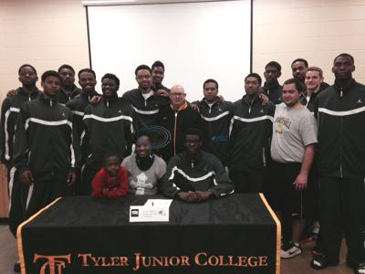 TJC's Yancy signs letter with Northwestern State