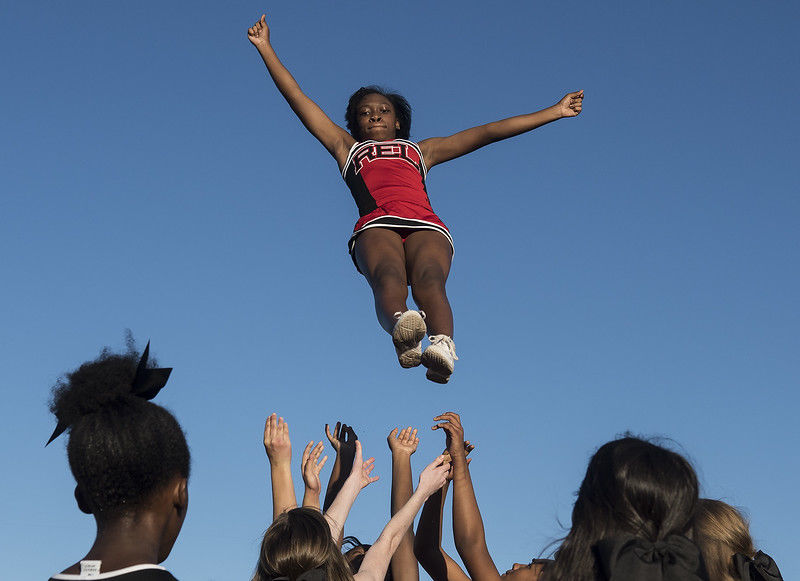 Robert E. Lee High School kicks off homecoming week with a parade of their own