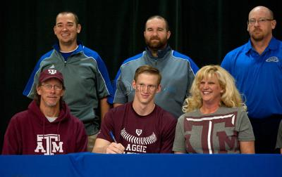 Lindale pitcher Nash Walters signs with Texas A&M