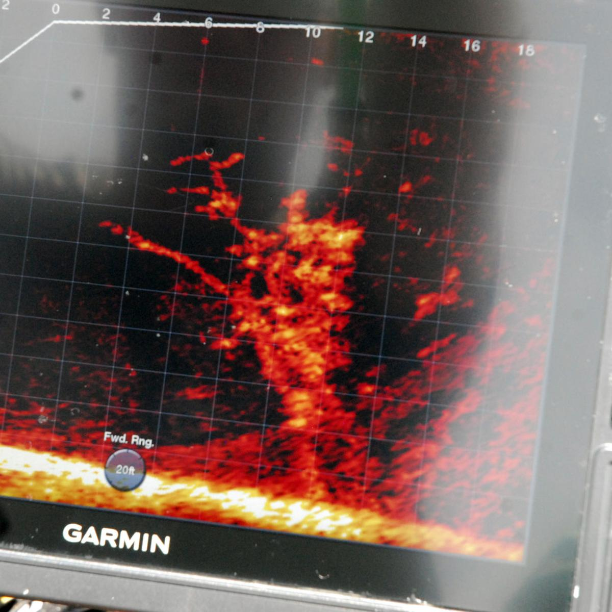 Technical fishing: New generation fish finder goes where