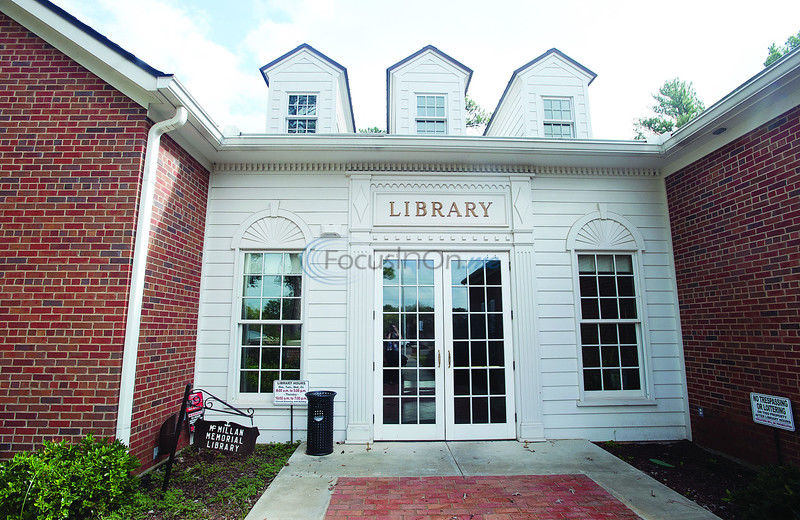 Behind the Wheel - Overton Library's 'Book Talk' popular with page turners