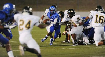 Longview pulls away late to beat JT