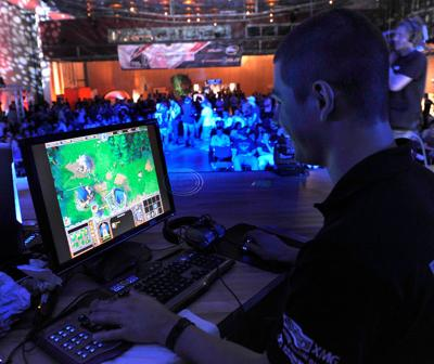 Competitive 'esports' gaming comes to theaters