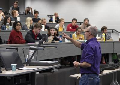 Fayetteville Mayor Speaks to Students About Sustainability
