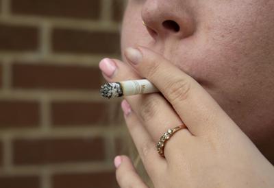 Students Struggle to Quit Despite Health Risks