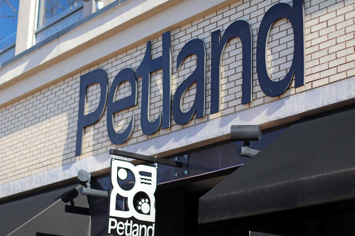Petland Sign
