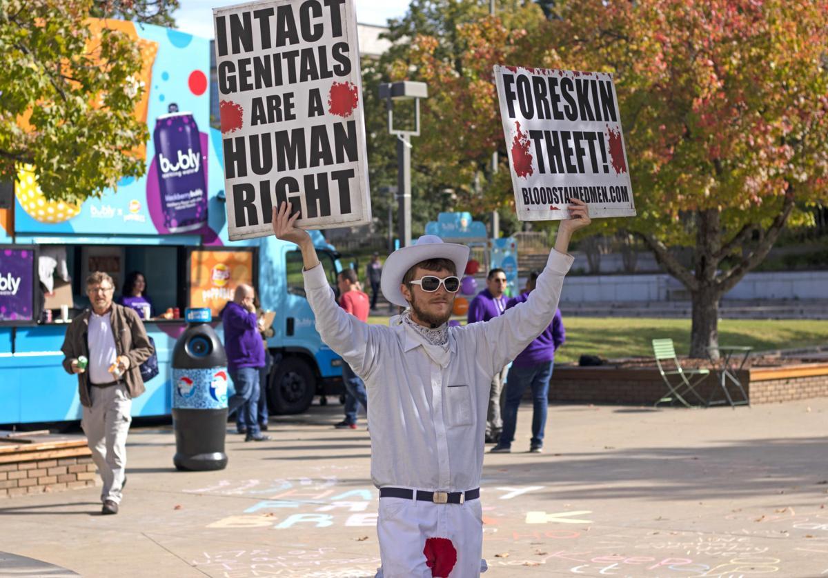 Circumcision Protestors Gather at Arkansas Union