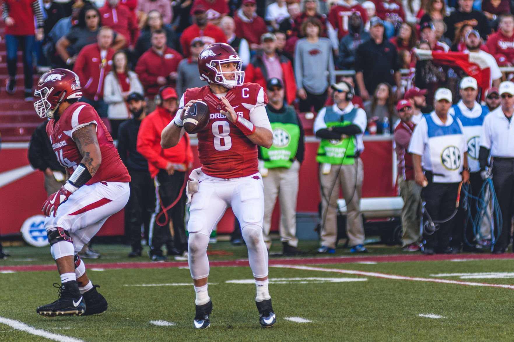 Former Arkansas Quarterback To Suit Up in Professional Spring ...