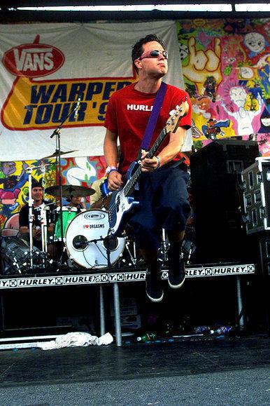 Blink-182 Performs at Warped Tour 1999