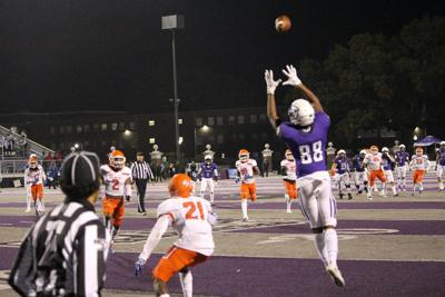 Resilent Bears jump to first in Southland Conference