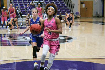 Sugar Bears continue win streak