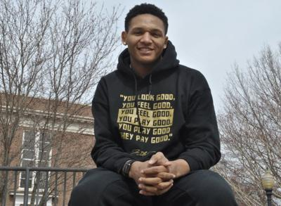 Freshman adapts to college basketball with ease