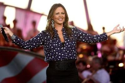Country artist Sara Evans to perform in Conway at UCA
