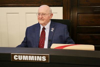 Councilman Jerry Cummins retires