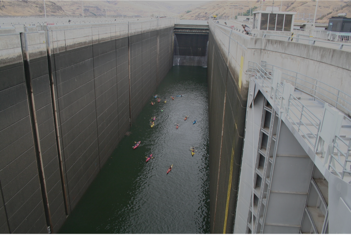 Kayakers in the navigation lock