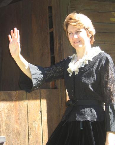 190711 FWWM Gladys Wentland-Caroline Maxson Wood.jpg