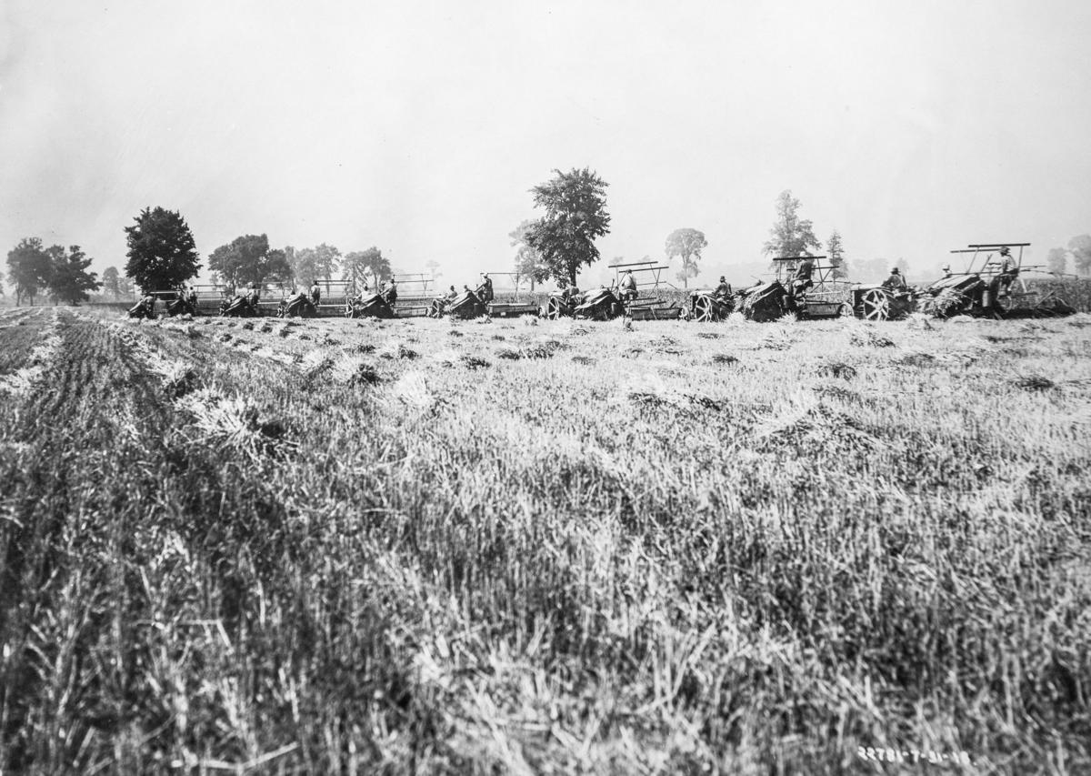 1908 CarrolAdamsTractor-History.GL_0782.jpg