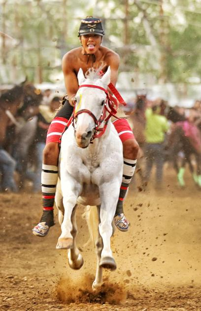 Indian relay: Hellbent for leather