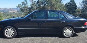 MERCEDES 320 Sedan 2000, black