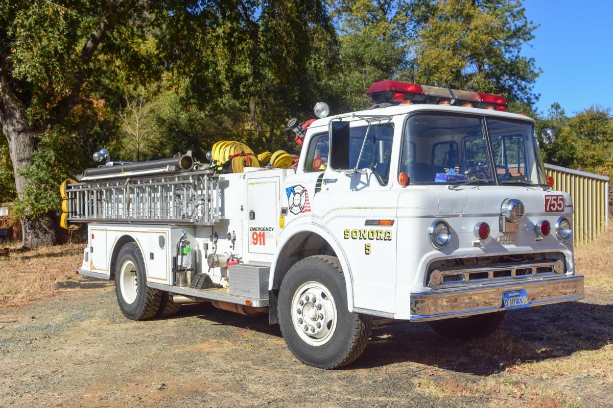 Sonora City's 1972 Ford Van Pelt Inc. Engine.