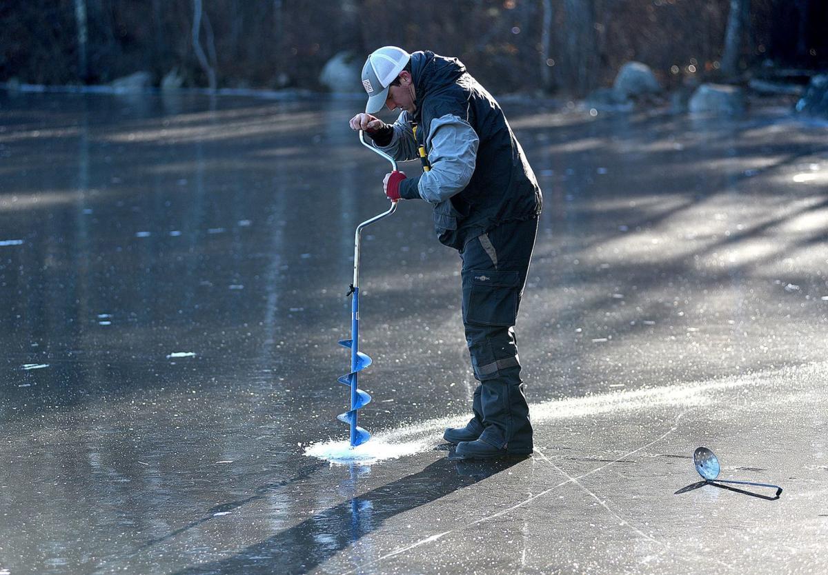 181211-news-icefishing-a8