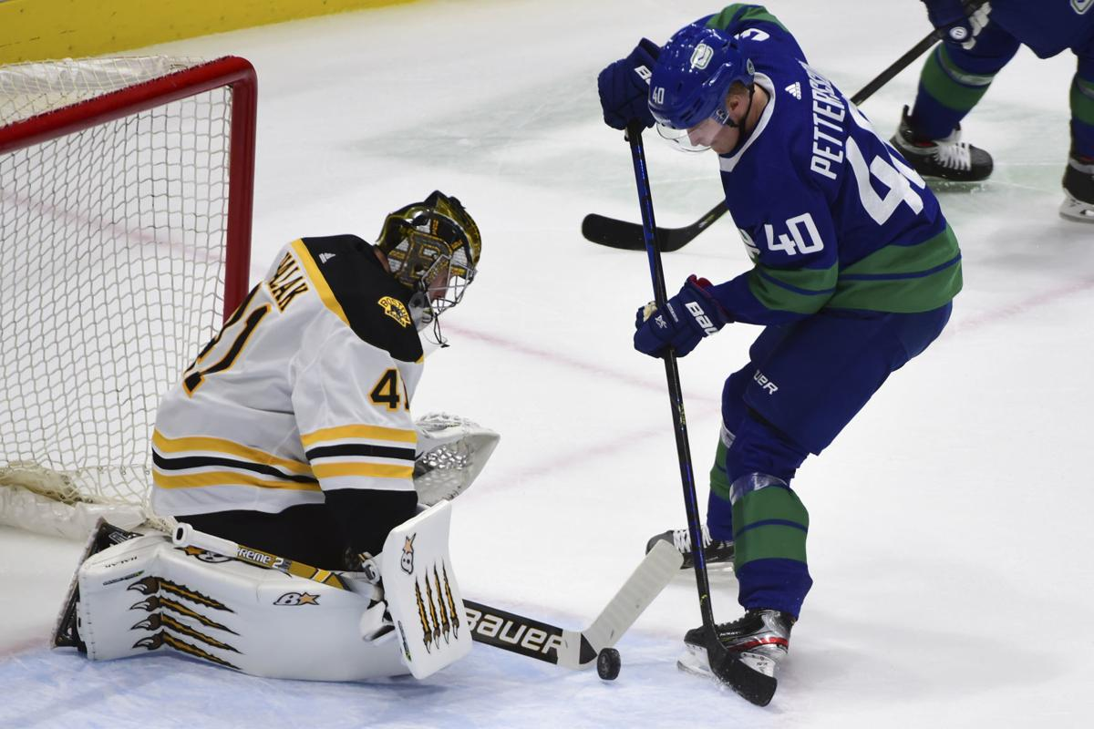 NHL: Boston Bruins at Vancouver Canucks