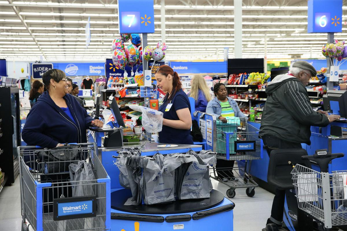 Average Walmart store manager makes $175K