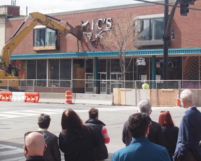 Alec's Shoes building demolished