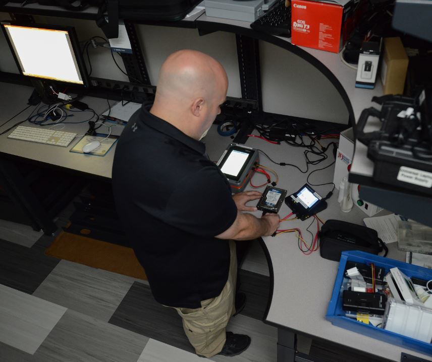 Fbi Opens New England Regional Computer Forensics Laboratory In Massachusetts Crime Unionleader Com