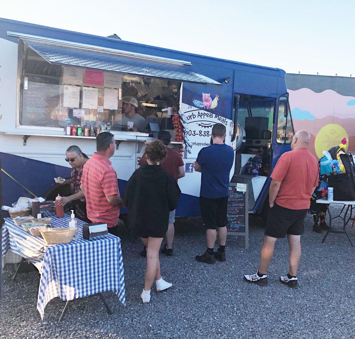 Food trucks at Tuscan Village