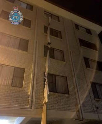 Australia man ties bedsheets together to escape 4th floor hotel quarantine - police