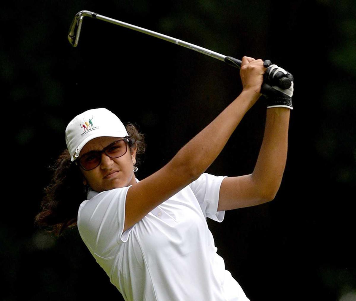 Shivani Vora, NH junior golf