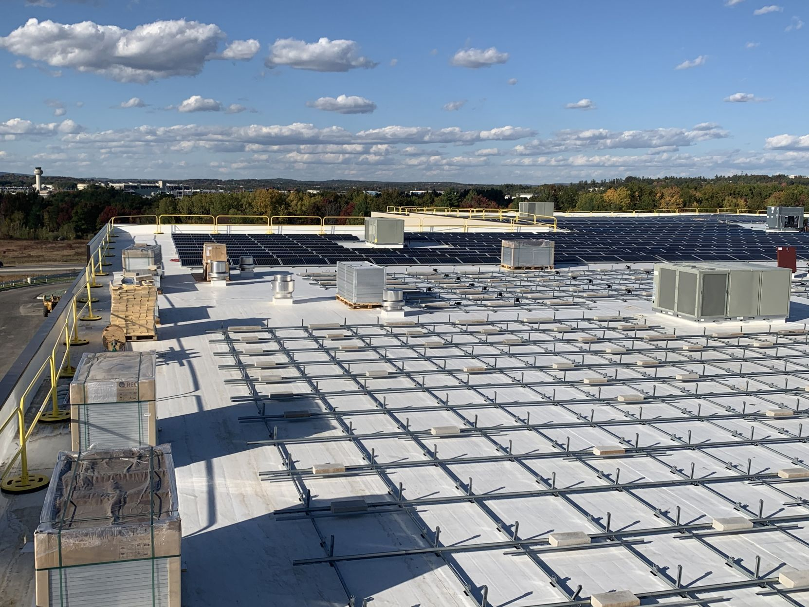 State's largest rooftop solar array under construction in Londonderry
