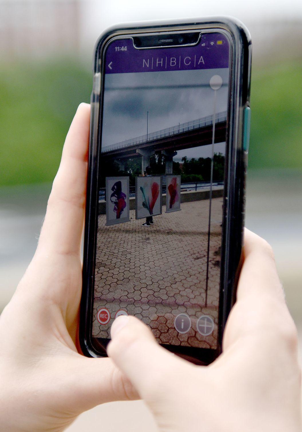 Augmented Reality Art Walk phone screen