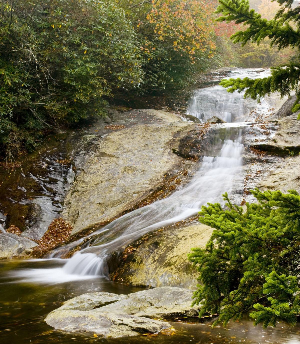 Waterfall rapelling - pic2