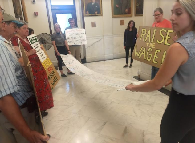 Sununu vetoes minimum wage hike