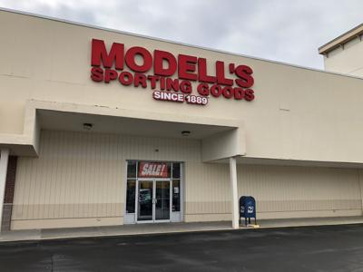 Modell's in Manchester to close