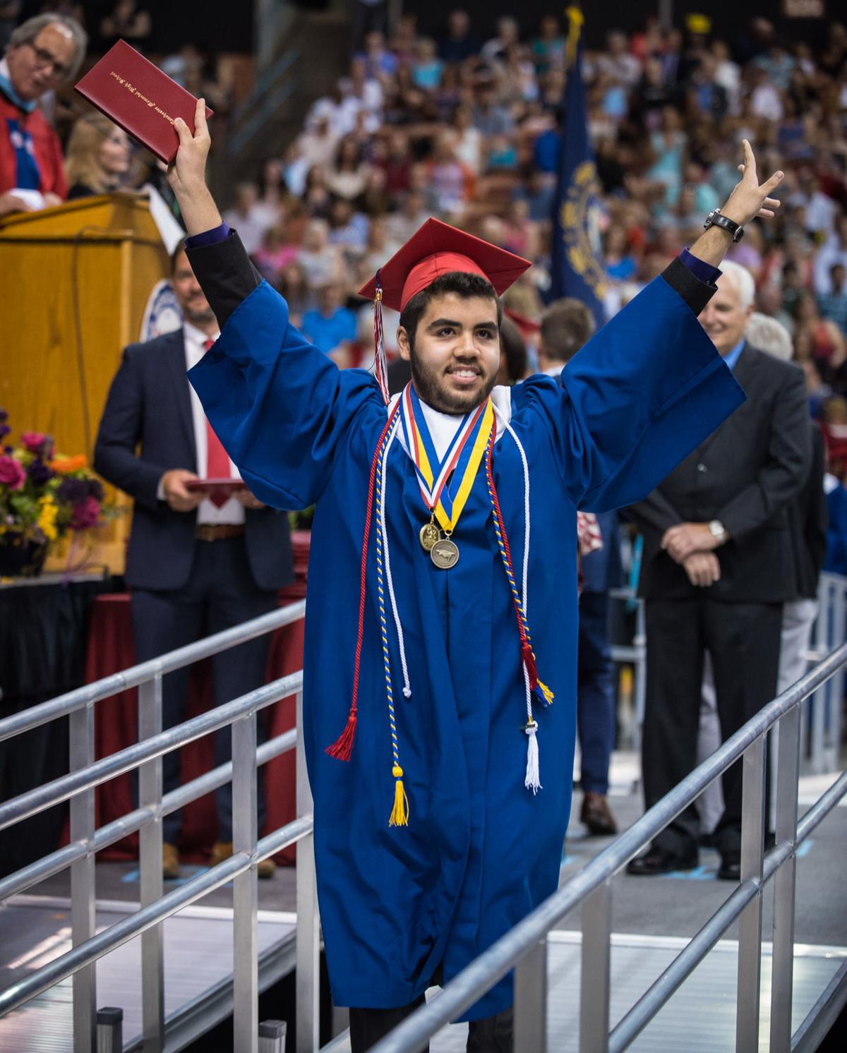 Memorial graduation 2