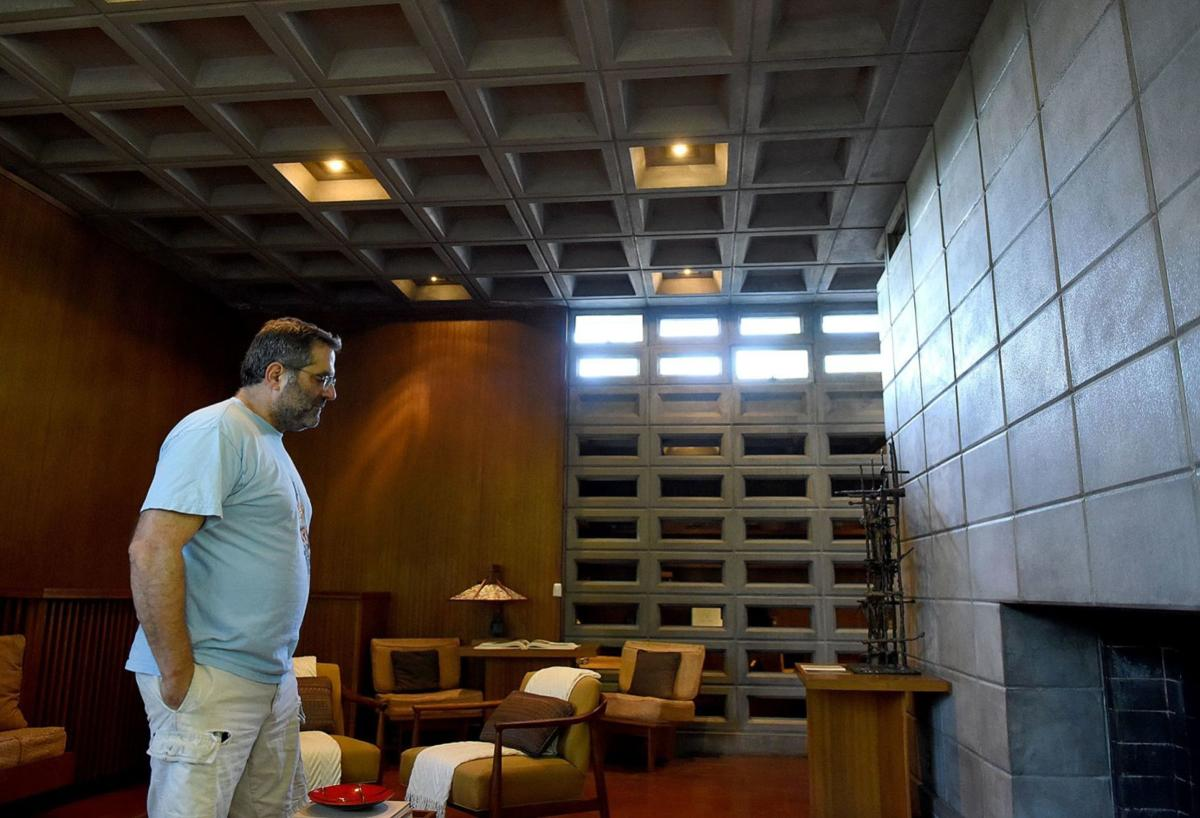 Frank Lloyd Wright house going on the market