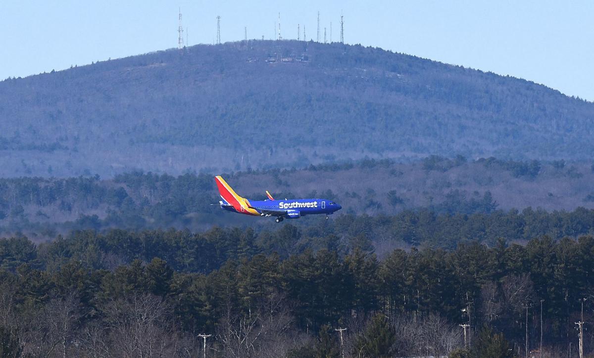 Manchester-Boston Regional Airport southwest landing