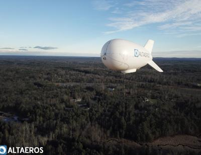 Photo: 181207-news-blimp Broadband blimp makes first test flight over Fremont